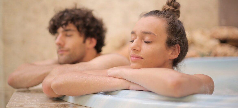 coppia alla spa